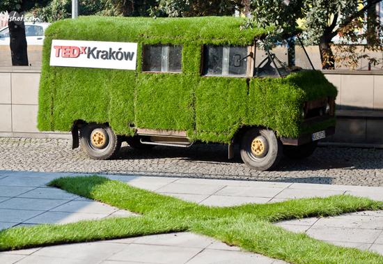 Grass-van