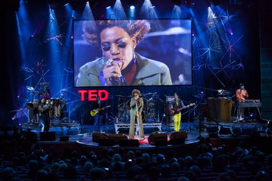 Macy-Gray-at-TEDGlobal