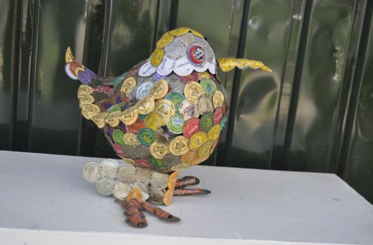 Bird from the African nature sculpture series.