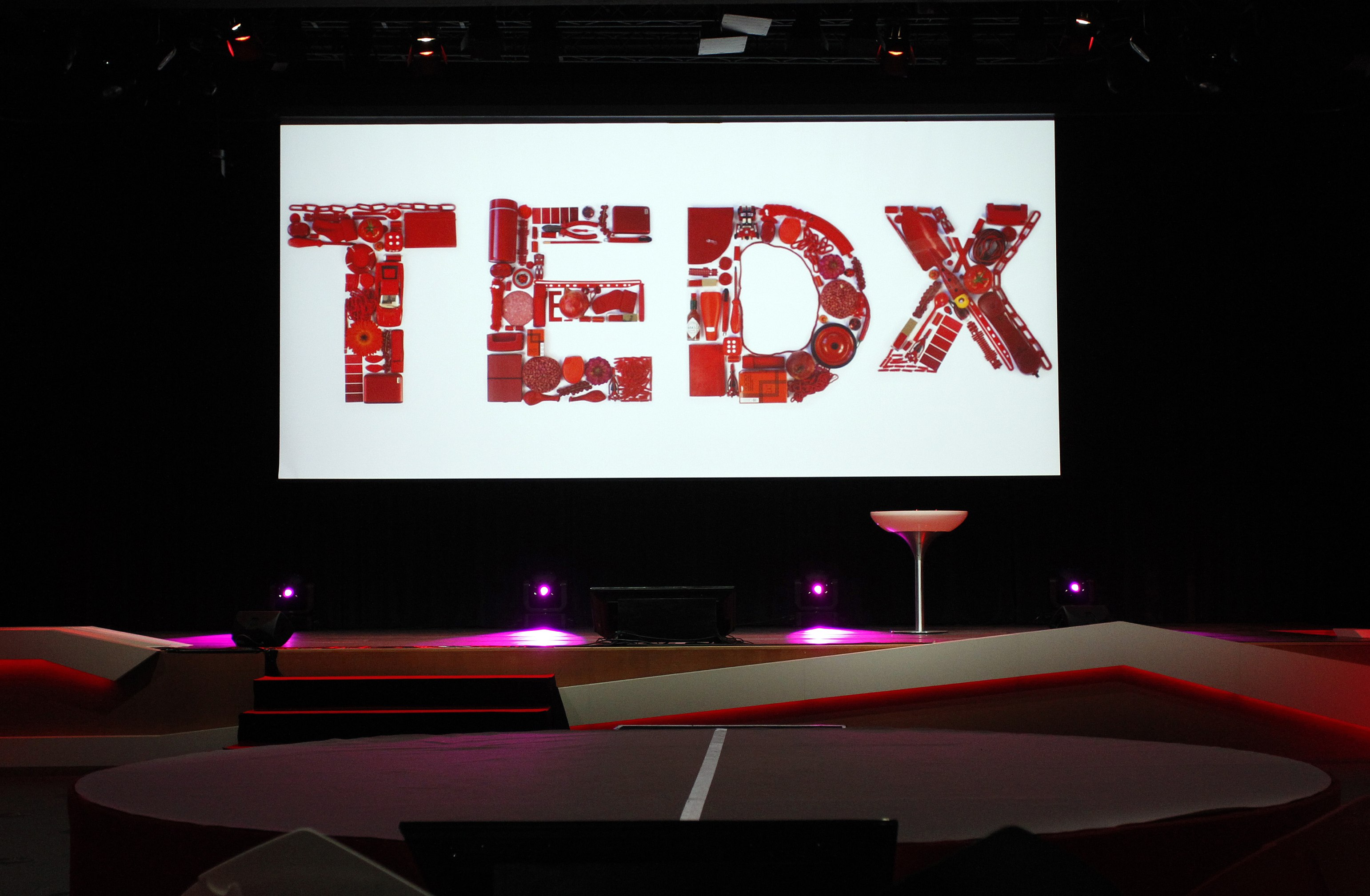 A view of the stage before TEDxDelft. Photo: Roy Borghouts