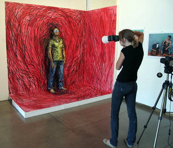 """Spectacle"" installation / Alexa Meade"