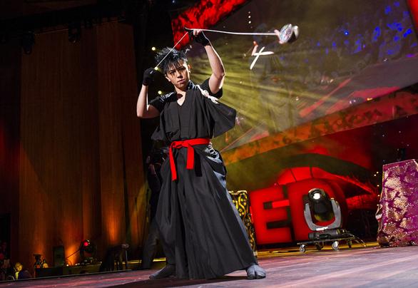 Yo-Yo-at-TED2013