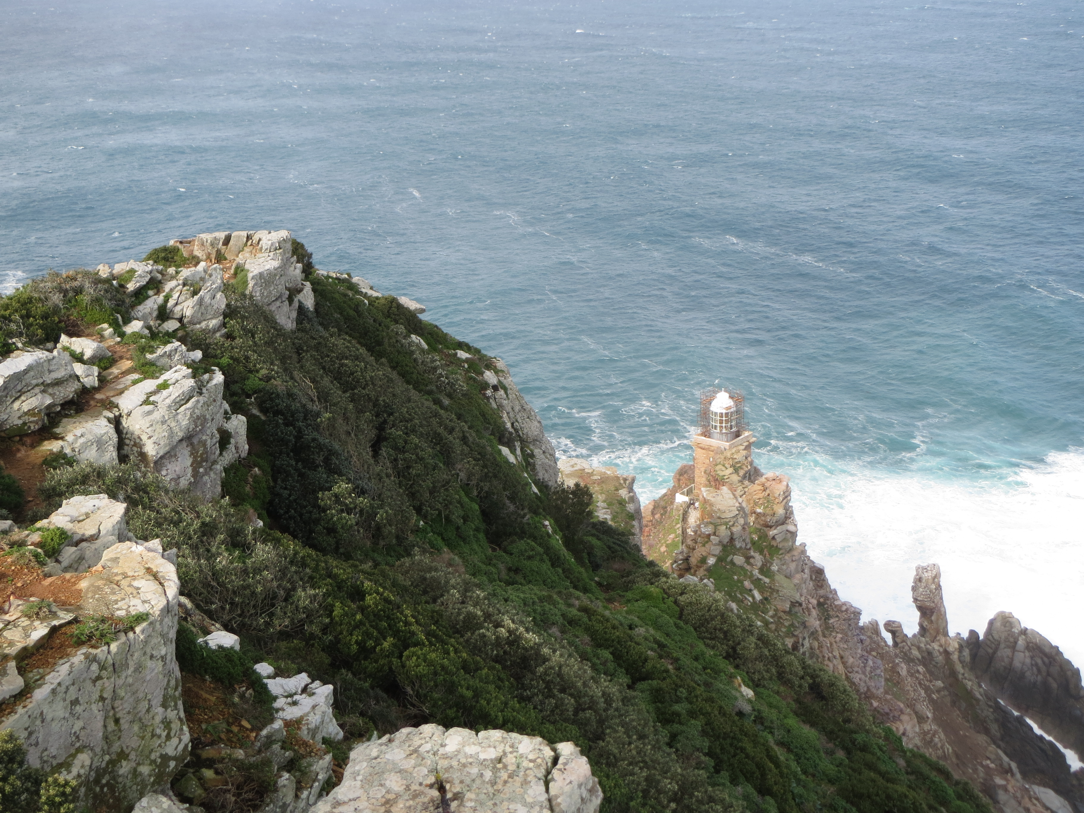 View from the cliff, Cape Point, South Africa. Photo: Francis de los Reyes (after liquid discharge)