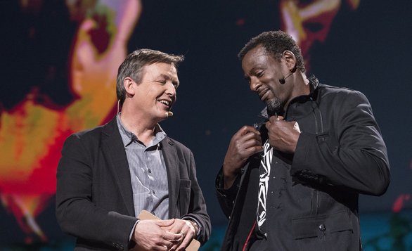 Chris Anderson talks to TED2013 speaker, Ron Finley, who got a ticket for planting a vegetable garden in South Central Los Angeles. Finley's talk has been viewed 1.6 million times, and inspired many to plant their own gardens. Photo: James Duncan Davidson
