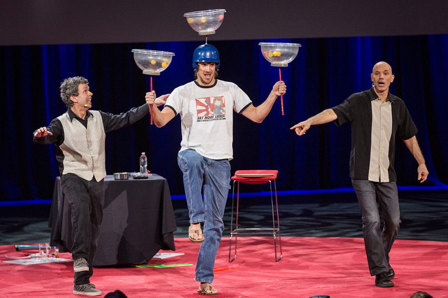 Speaker Chris Kluwe gets recruited by the Raspyni Brothers. Photo: James Duncan Davidson