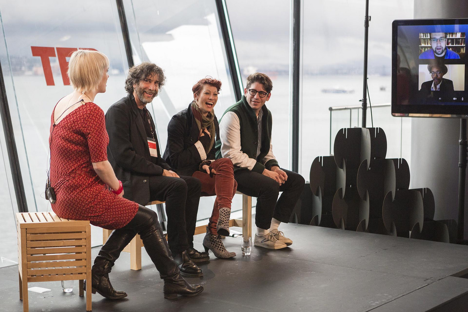 At the Skype Studio, Helen Walters interviews Neil Gaiman, Amanda Palmer and many others about Connection, Crowd-funding and Creativity. Photo: Bret Hartman
