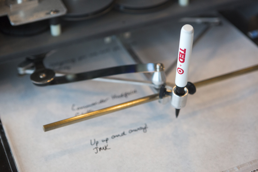 A look at that robotic arm. Photo: Bret Hartman