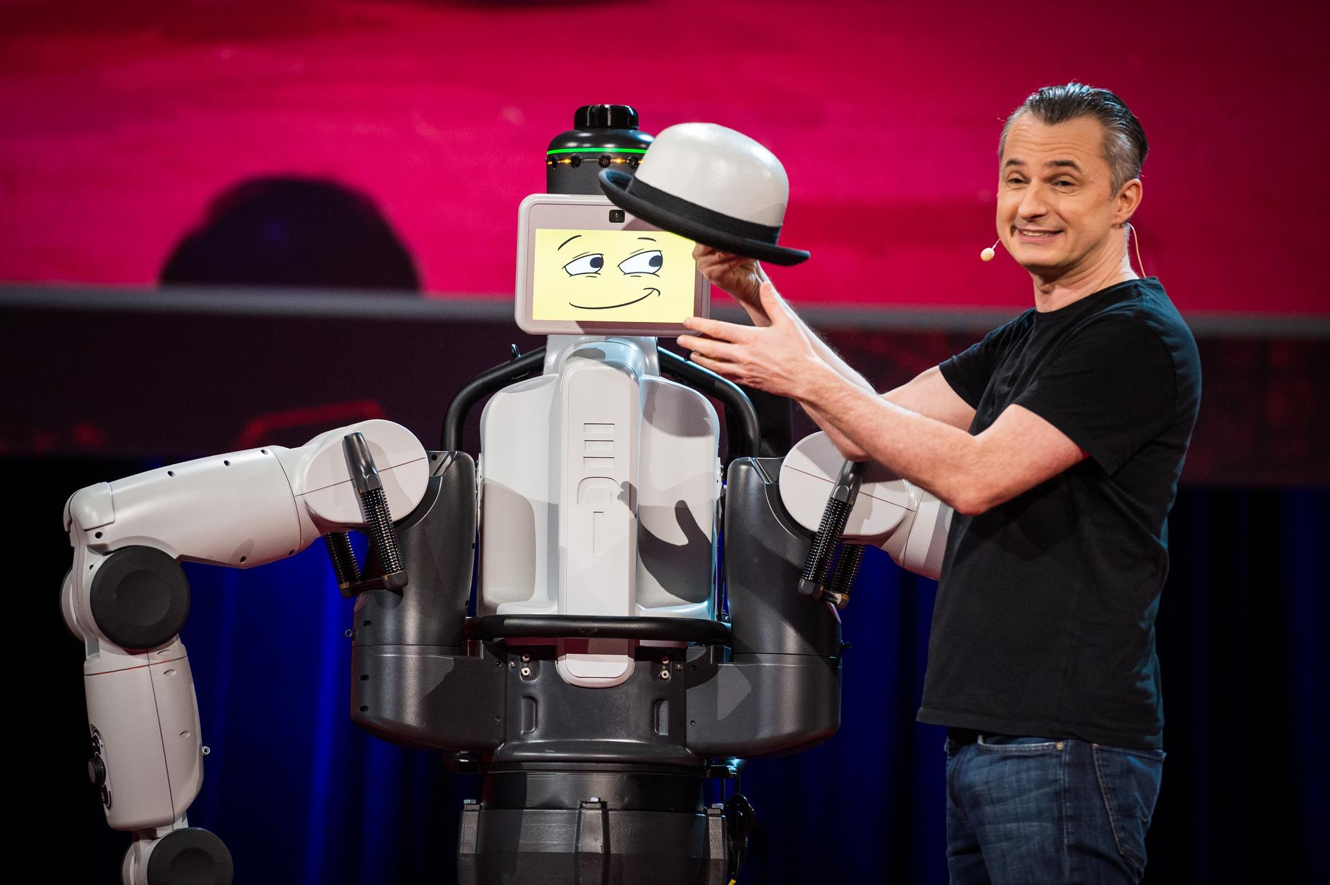 Marco Tempest and EDI the Robot. Photo: James Duncan Davidson
