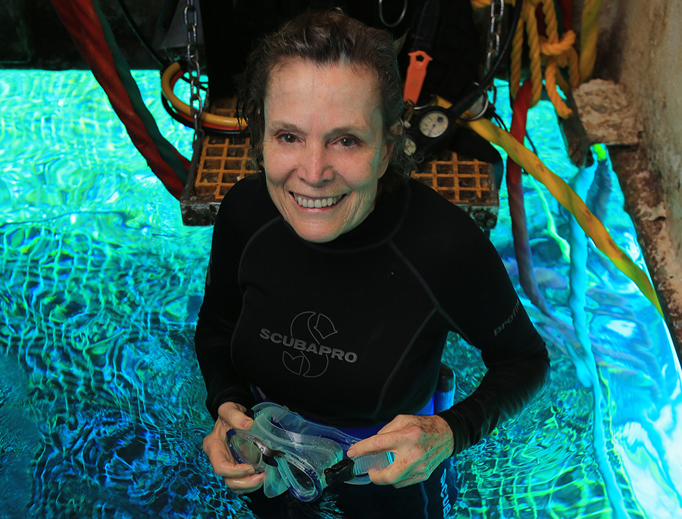 Sylvia Earle  took a deep sea dive to visit Fabien Cousteau (Jacques Cousteau's grandson) aboard the Aquarius. Photo: Kip Evans/Mission 31