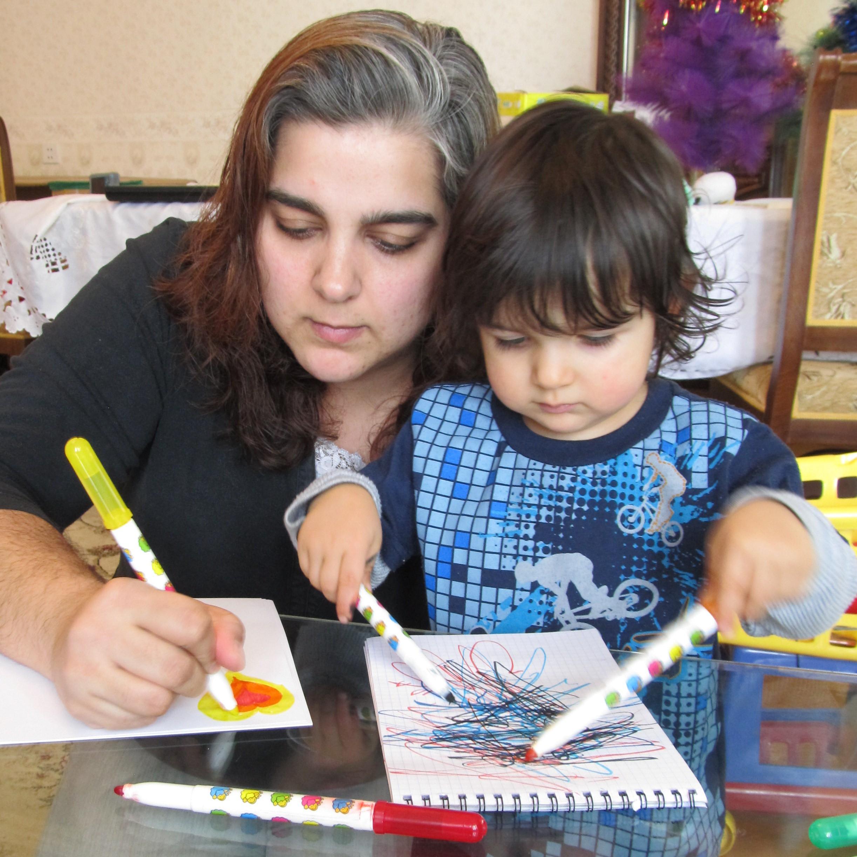 Alanna Shaikh enjoying drawing with her son. Photo: Alanna Shaikh