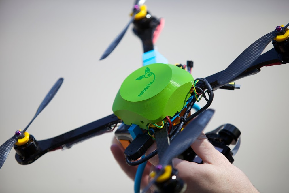 Lightweight and small, the Fotokite can be launched and ready for action in a  minute. Photo: Milan Rohrer/Fotokite