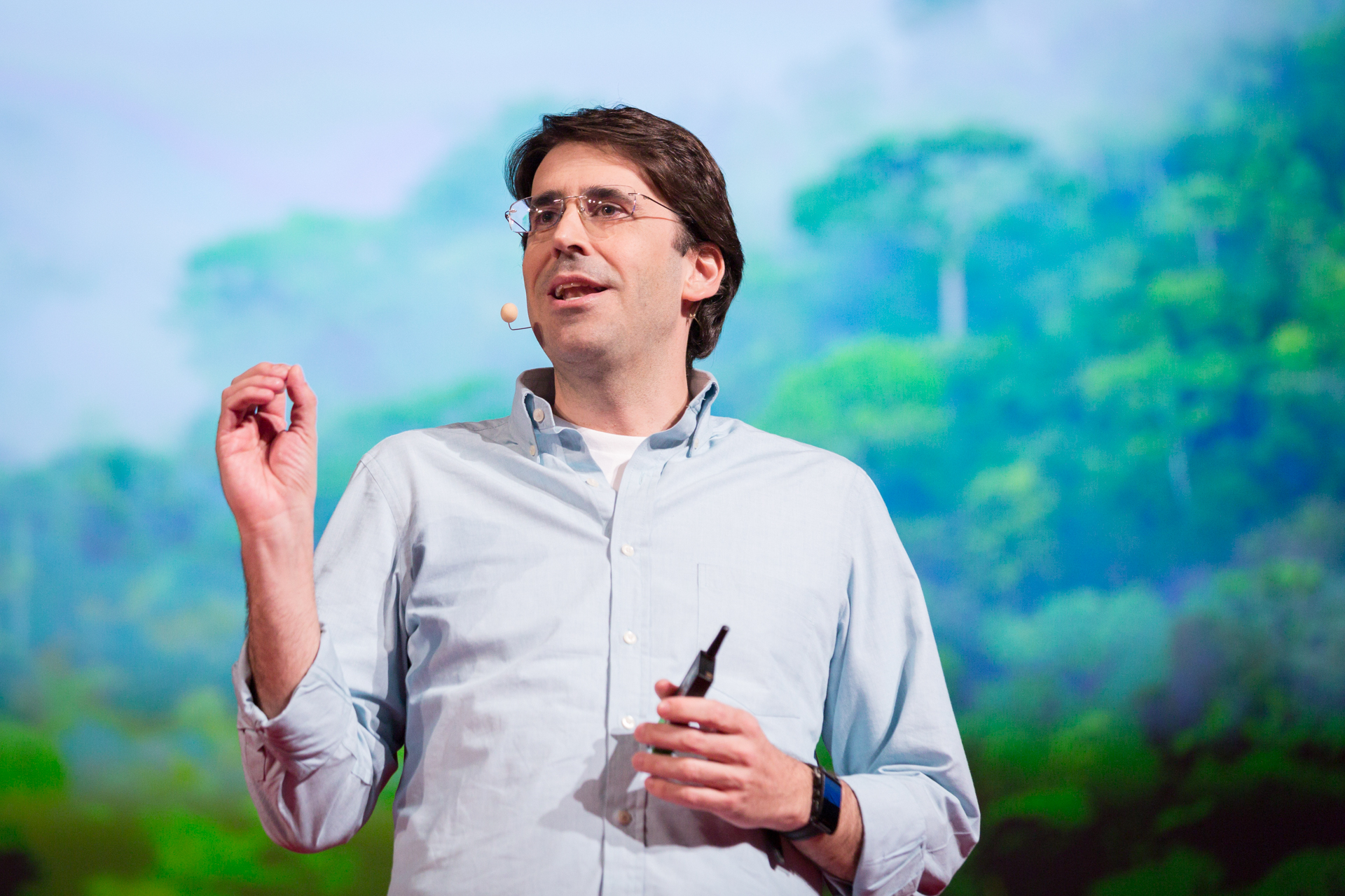Tasso Azevedo speaks at TEDGlobal 2014.