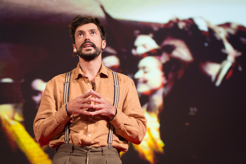 Vincent Moon speaks at TEDGlobal 2014. Photo: James Duncan Davidson/TED