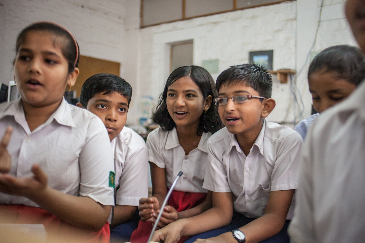 Students at a School in the Cloud lab in India investigate a big question on their own in a SOLE. At the newly-opened SOLE Center at Newcastle University, academics from many disciplines will  conduct research on this type of learning. Photo: School in the Cloud