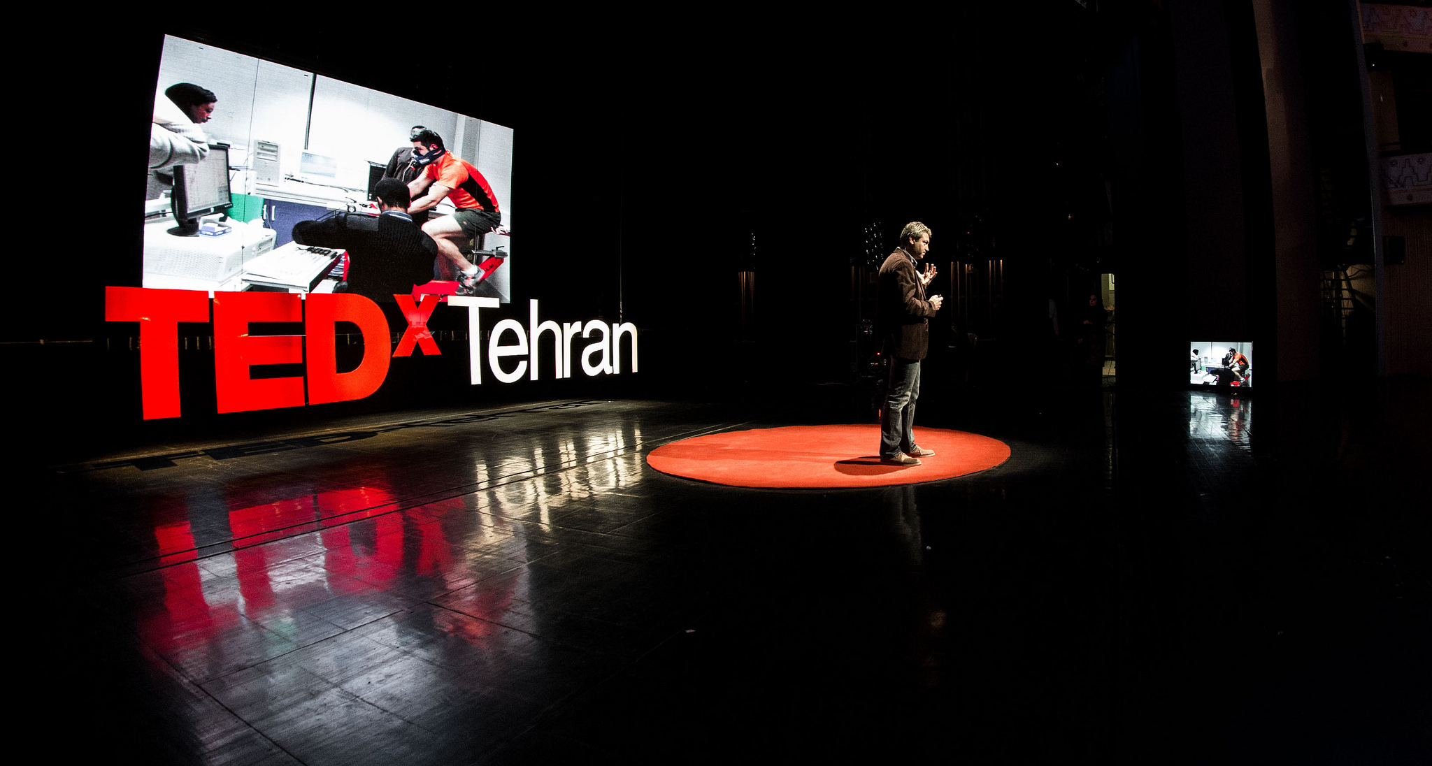 "Speaker Reza Pakravan gives a talk about TK at TEDxTehran 2014, themed ""On the Verge of Breakthrough."" Photo: Ali Taheri"
