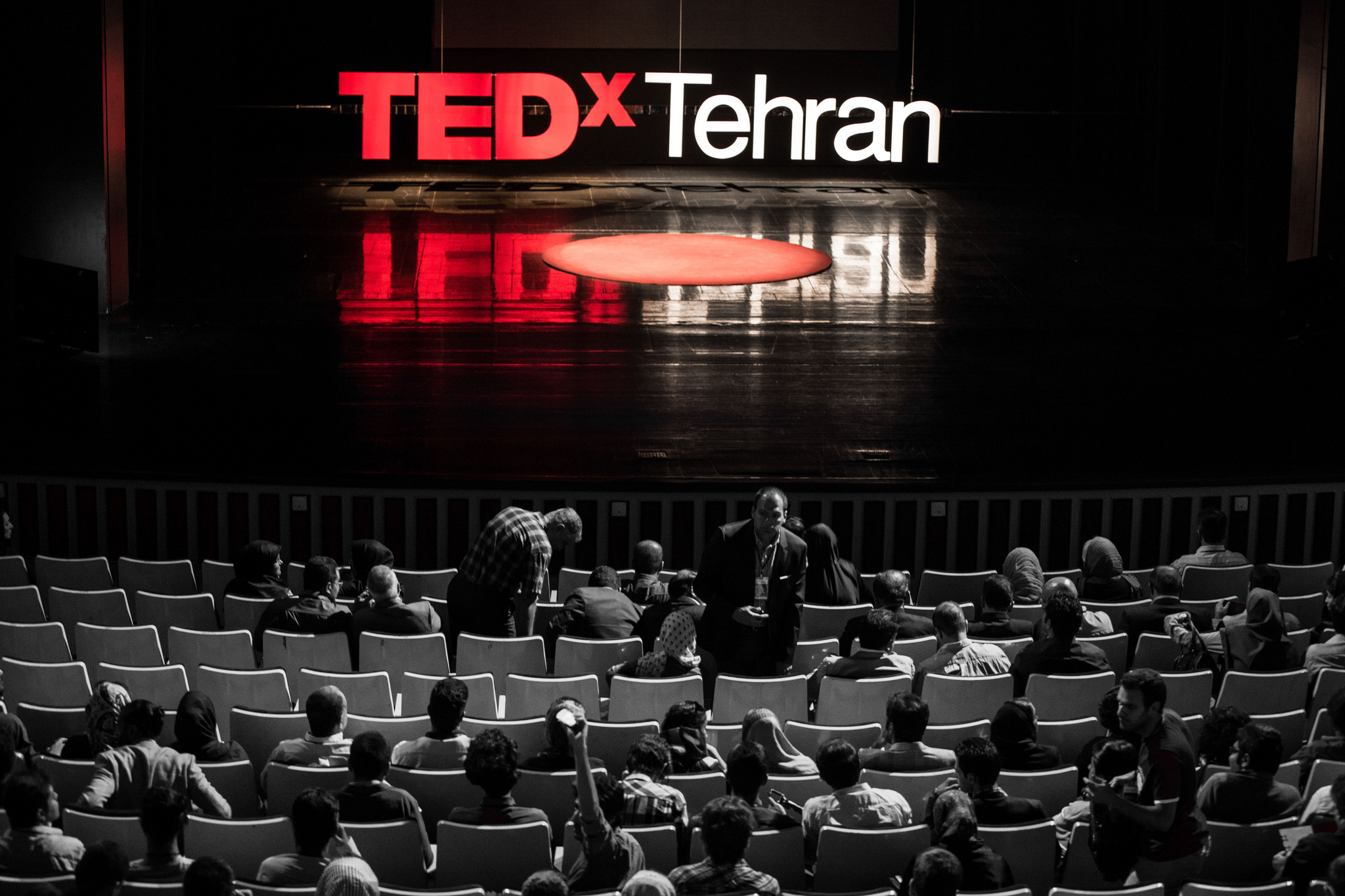 The audience at TEDxTehran finds its seats. Photo: Ali Taheri