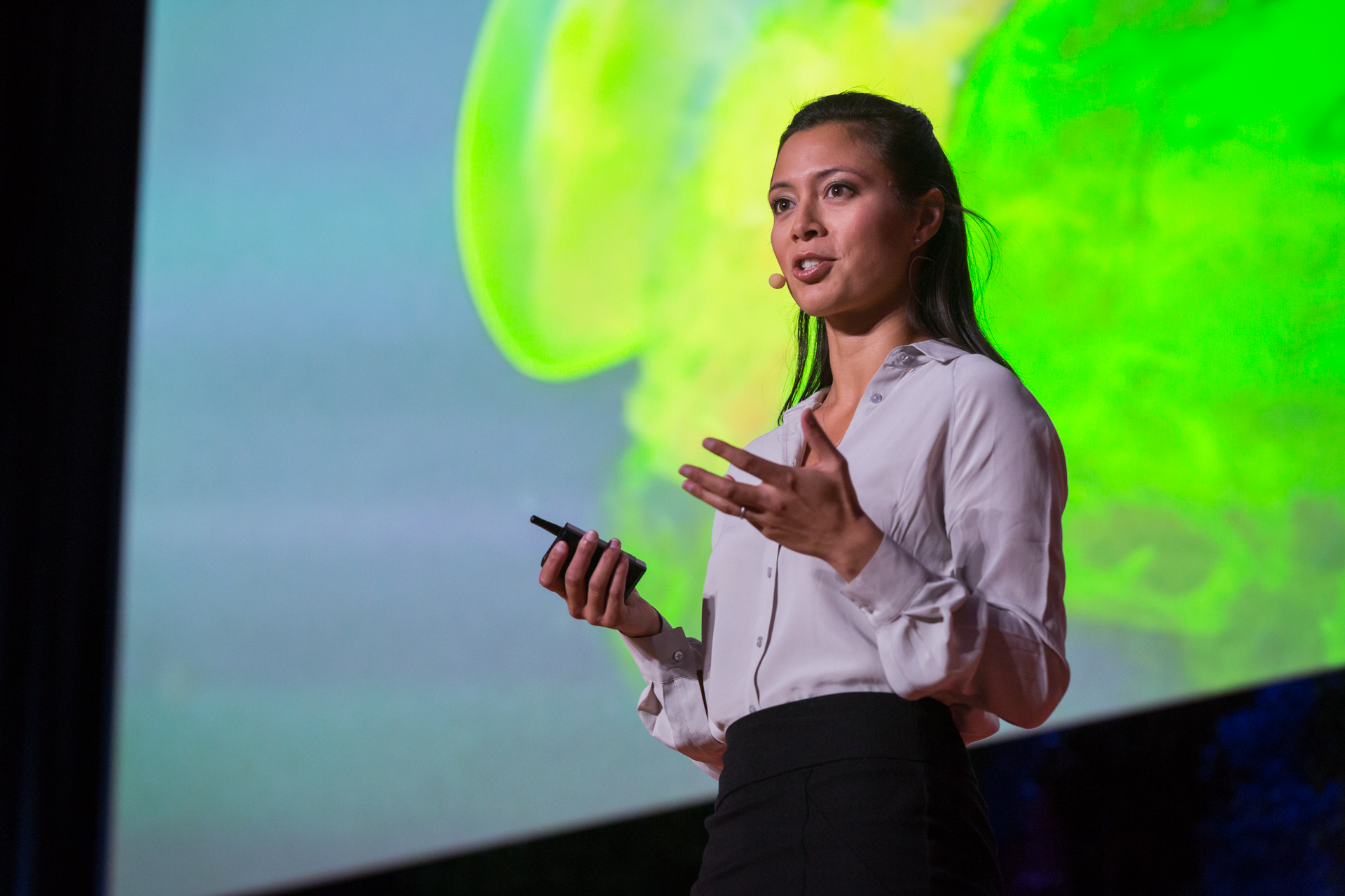 A great way to see how a jellyfish moves? Luminescent dye, as shown by Kakani Katija. Photo: Ryan Lash/TED