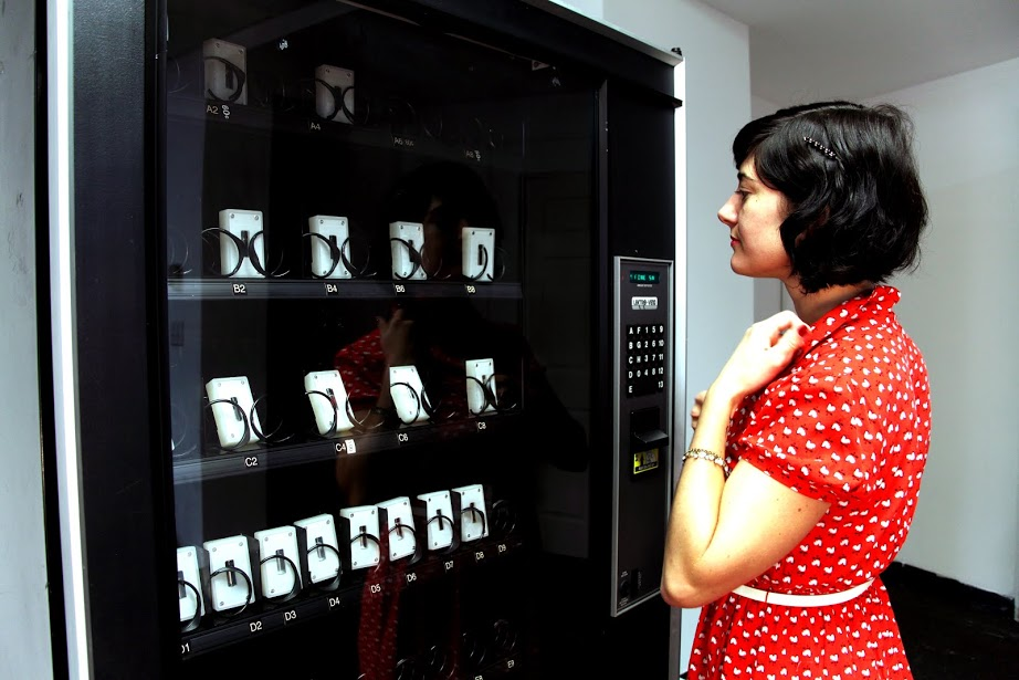 The DNA Vending Machine dispenses real human DNA specimens for $100, payable by credit card. Photo: Gabriel Barcia-Colombo