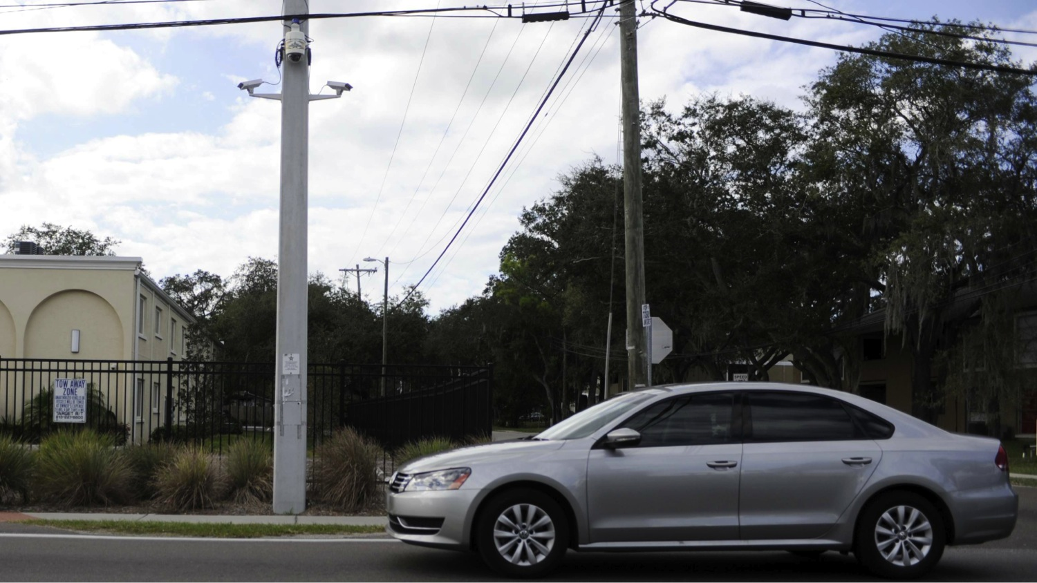 An automatic license plate reader, fixed on a pole. Photo: Jay Connor, Tampa Tribune