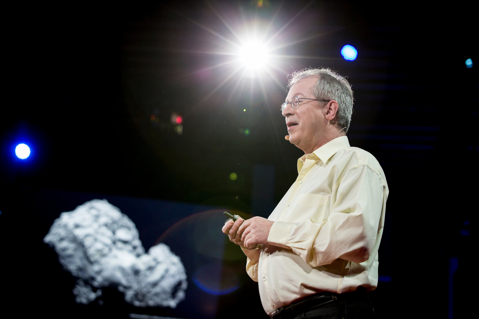 Fred Jansen, manager of the Rosetta mission, reveals all that was involved with landing on a comet. Photo: Bret Hartman/TED
