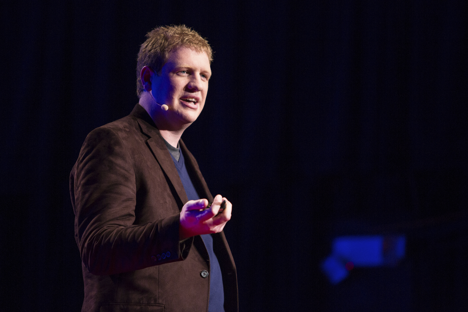 No one has the time to read research papers, Stephen Lawrence, a researcher, admits. At TED@StateStreet, he offers that a mix of machine learning and human insight is the best way to find what you need.