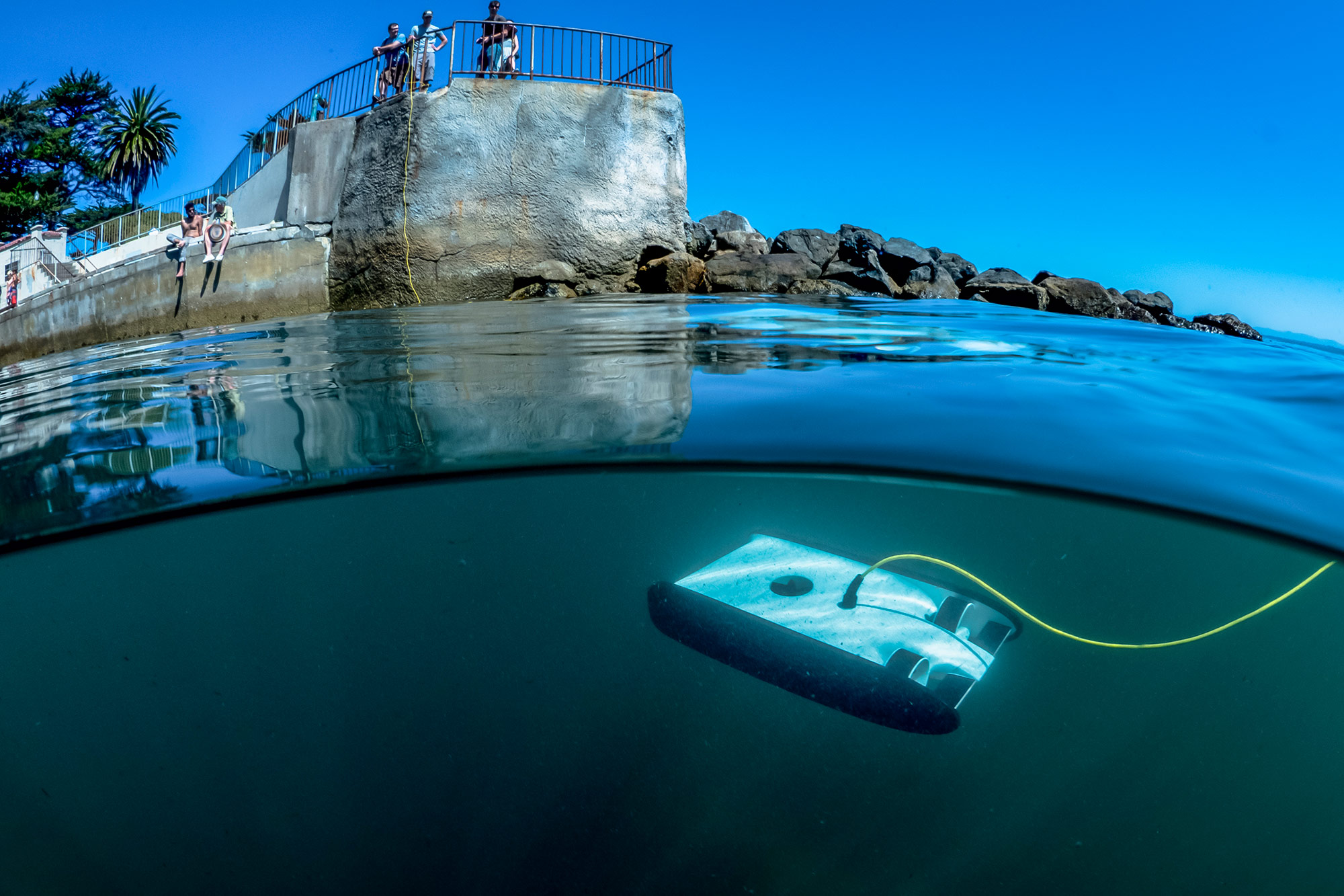David_Lang_OpenROV_Trident_drone_swims_by_remote_control