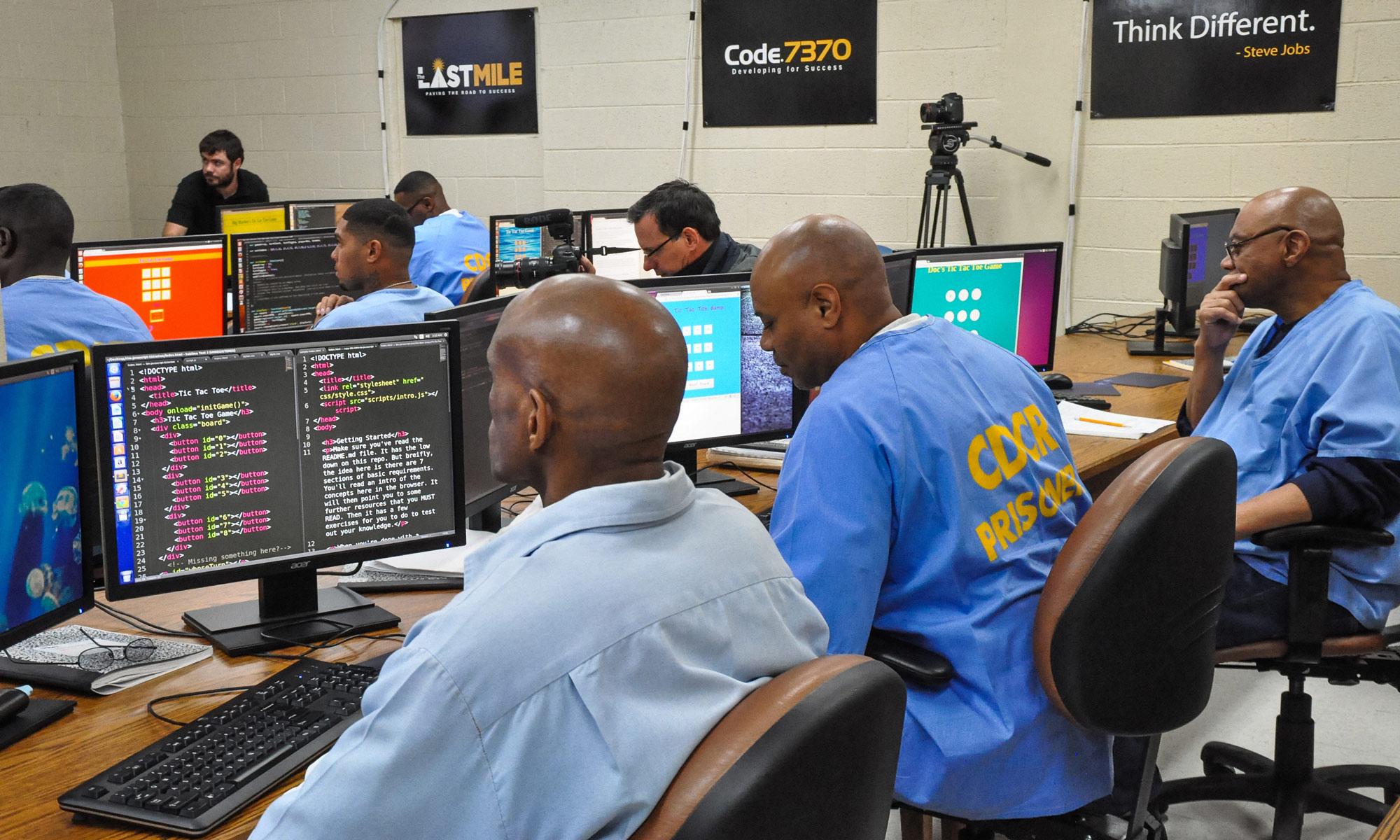 San-Quentin-computer-class-2_cc